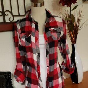 Full Tilt Tops - Full Tilt Flannel. Size S